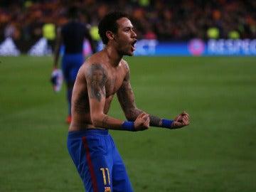 Neymar celebra el pase del Barcelona a cuartos de final