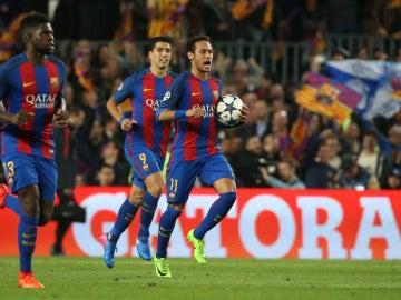 Neymar celebra con rabia un gol ante el PSG