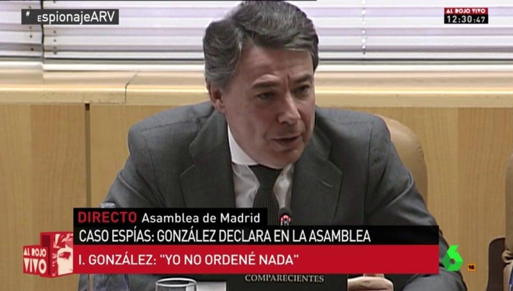 """Frame 223.270419 de: Tensión entre Ignacio González y Podemos durante su comparecencia en la Asamblea de Madrid: """"Le estoy llamando mentiroso a usted"""""""