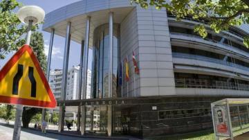 Imagen de la fachada del Palacio de la Justicia de Vitoria