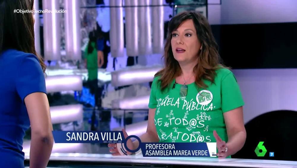 Sandra Villa, profesora
