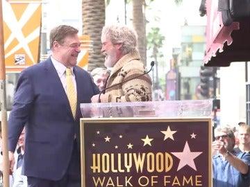 Jeff Bridges homenajea a John Goodman resucitando a 'El Nota' de 'El gran Lebowski'
