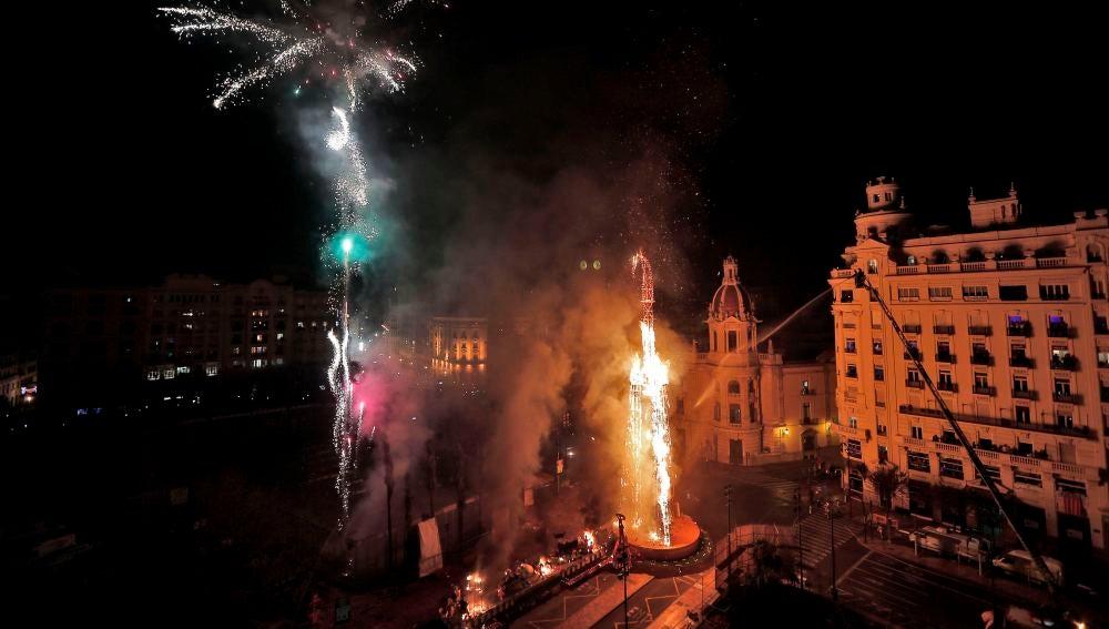 Cremà de la falla municipal de Valencia