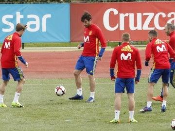 Javi Martínez, durante un entrenamiento con la Selección