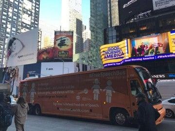 Autobús de Hazte Oír en Nueva York