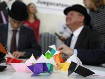 España celebra 'El día de la diversión en el trabajo' con multitud de actividades el 31 de marzo y el 1 de abril