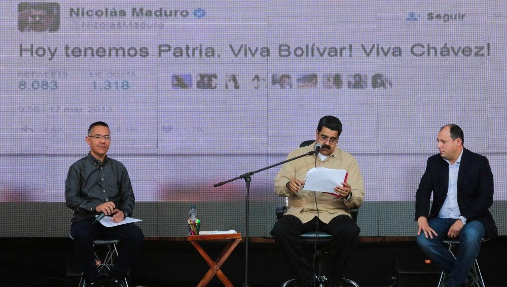 Nicolás Maduro,  hablando durante un acto con simpatizantes transmitido por la televisión estatal VTV