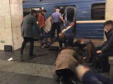 Varios heridos tras una explosión en el metro de San Petersburgo