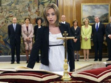 La primera mujer ministra de Defensa en España, Carme Chacón
