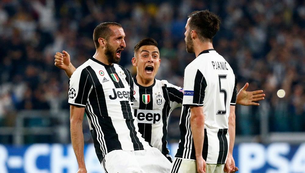 Los jugadores de la Juventus celebrando un gol