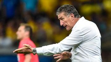 Bauza, en un partido de la selección argentina