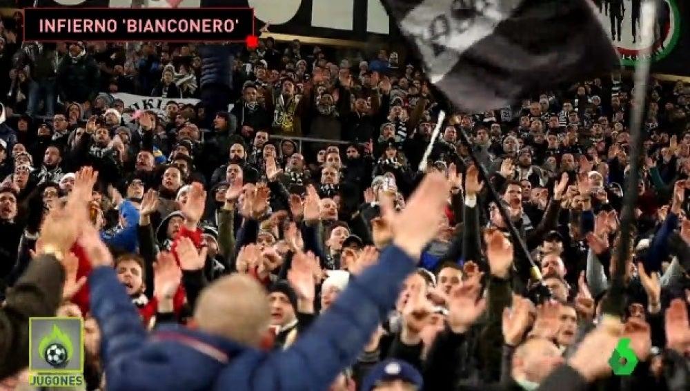 Ambiente en la grada del Juventus Stadium