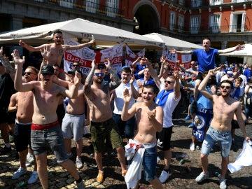 La afición del Leicester, en la Plaza Mayor