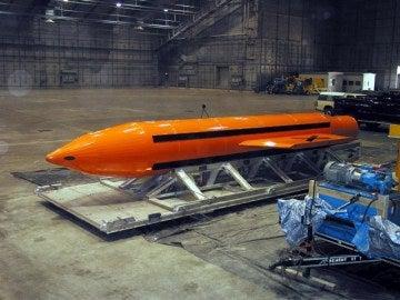 La GBU-43/B Massive Ordnance Air Blast Bomb (MOAB)