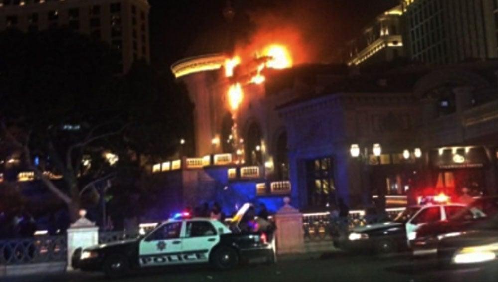 El hotel Bellagio de Las Vegas, en llamas
