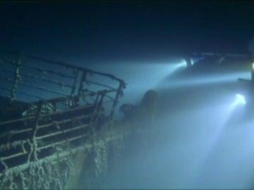 Frame 15.134929 de: Un empresario organizará expediciones a los restos del Titanic a partir del año que viene
