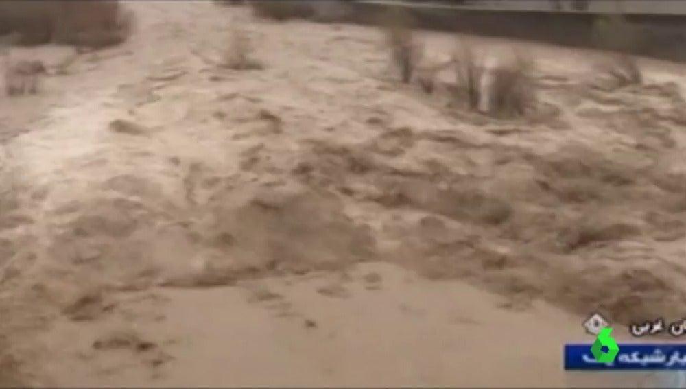 Una docena de viviendas quedaron totalmente destruidas a causa de las lluvias