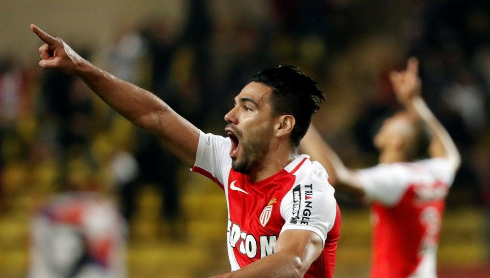 Falcao celebra su gol ante el Dijon