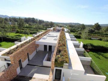 Centro de acogida de lujo en Ibiza financiado por Gigi Oeri