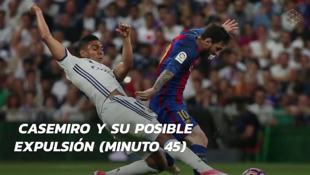 Frame 57.653864 de: Las jugadas y polémicas que marcaron el Clásico del Bernabéu entre Real Madrid y Barcelona