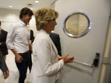 Esperanza Aguirre, tras finalizar su declaración pública anunciando su dimisión