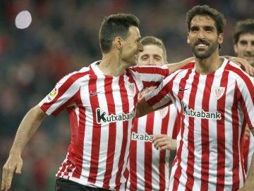Los jugadores del Athletic celebrando uno de los goles