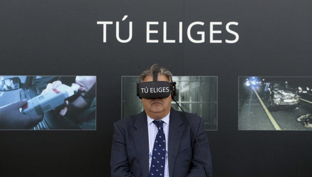 Zoido durante la presentación de la nueva campaña de la DGT