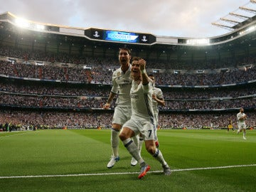 Sergio Ramos y Cristiano Ronaldo celebran el gol del portugués