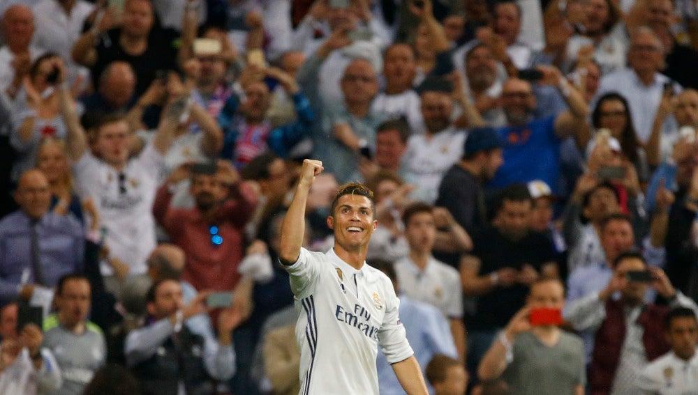 Cristiano Ronaldo celebra uno de sus goles ante el Atlético de Madrid en Champions