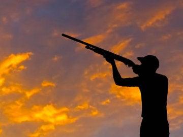 Fallece un hombre tras recibir un disparo de su compañero de caza