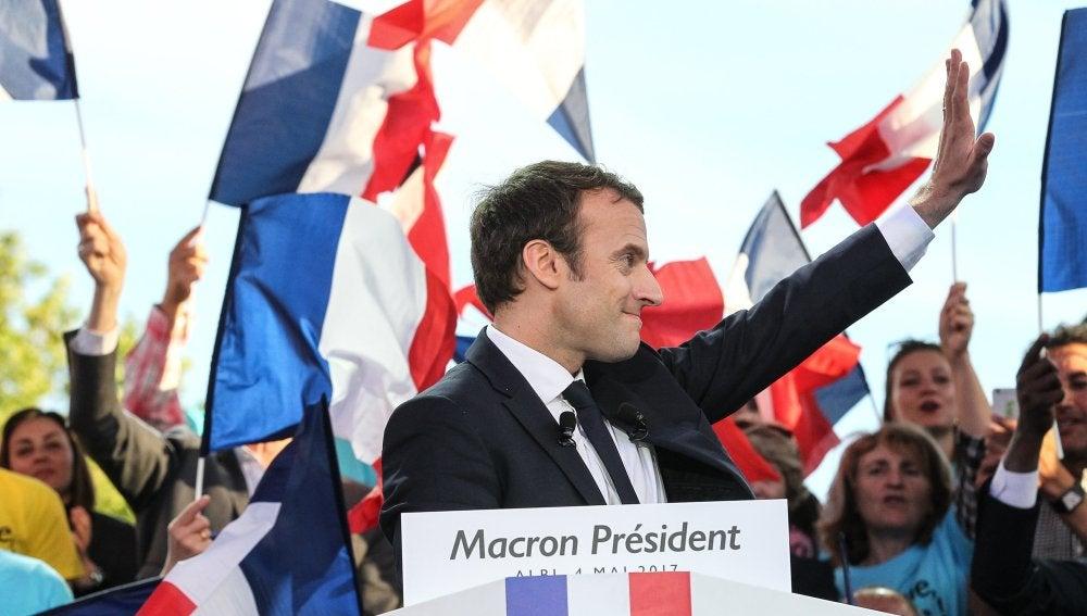 Emmanuel Macron durante un acto electoral