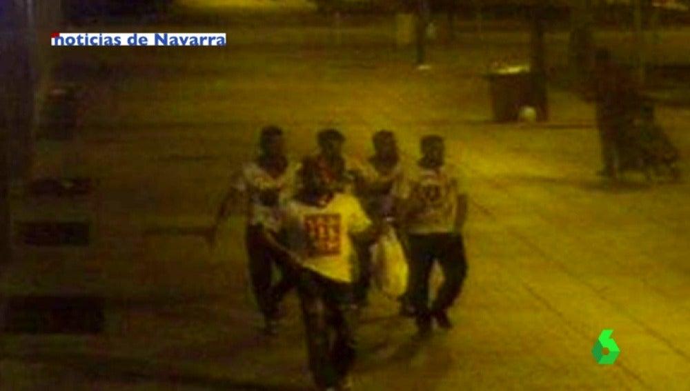 Imagen de 'La Manada' la noche de la violación en San Fermín