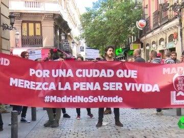 """Manifestación en Madrid en defensa de que la capital debe pertenecer a los ciudadanos y no """"a las grandes empresas ni a la clase política"""""""
