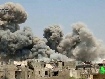 Bombardeo de Homs y Hama