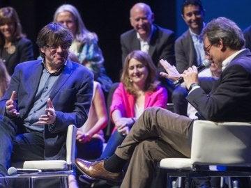 Puigdemont y Mas durante el acto del partido