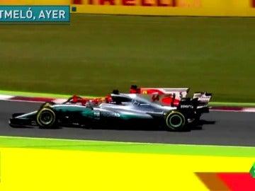 Frame 15.576398 de: Duelo salvaje por la victoria entre Hamilton y Vettel