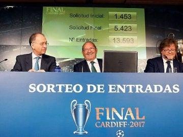 Imagen del sorteo de entradas para la final de Cardiff