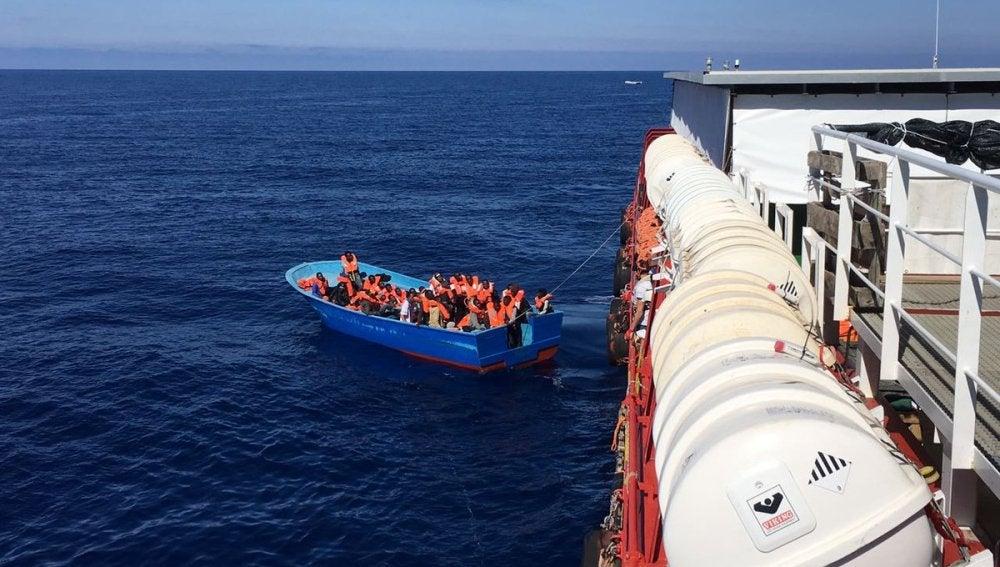 Imagen de archivo de un rescate a miles de inmigrantes en el Mar Mediterráneo
