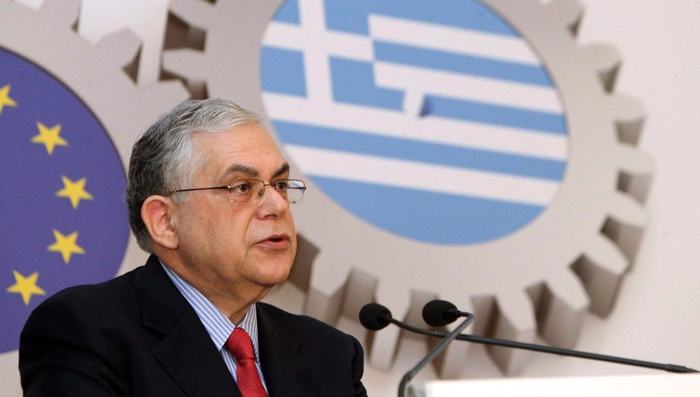 El exprimer ministro griego, Lukás Papadimos