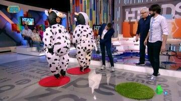 Frame 3.137385 de: El 'twerking' de la 'vaca' Anna Simon que revoluciona Zapeando