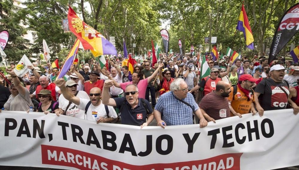 Las marchas de la Dignidad reúnen a miles de personas contra el paro y la precariedad