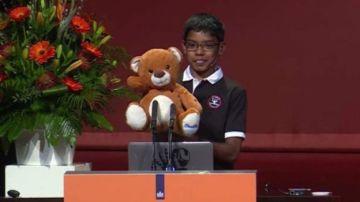 Reuben Paul 'la estrella de la seguridad informática' es capaz de hackear osos de peluche con tan solo 11 años