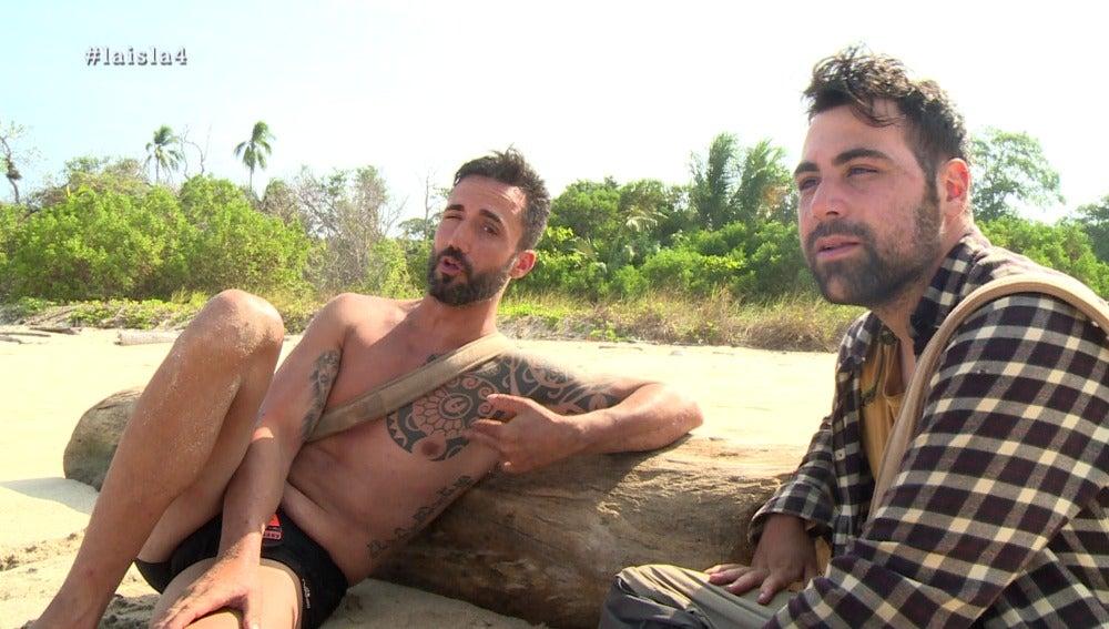 Antonio y Juanma en La Isla
