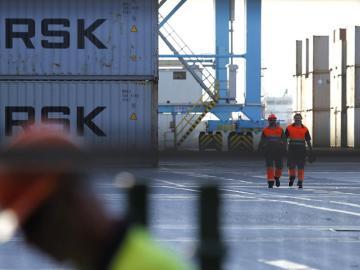 Estibadores en el puerto de Algeciras