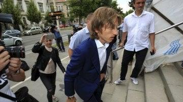 Luka Modric, entrando en el juzgado