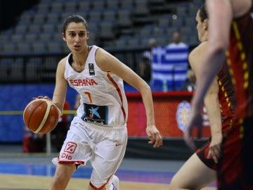 Alba Torrens, en un partido del Eurobasket