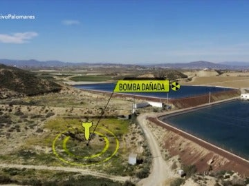 Increíble pero cierto: dos balsas de agua para regadío junto al lugar donde cayó la bomba en Palomares