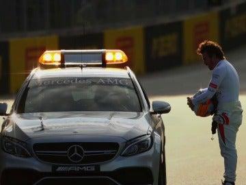 Ferrari y Mercedes, opciones reales de Fernando Alonso para la temporada de 2018