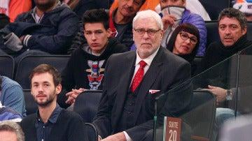 Phil Jackson, durante un partido de los Knicks