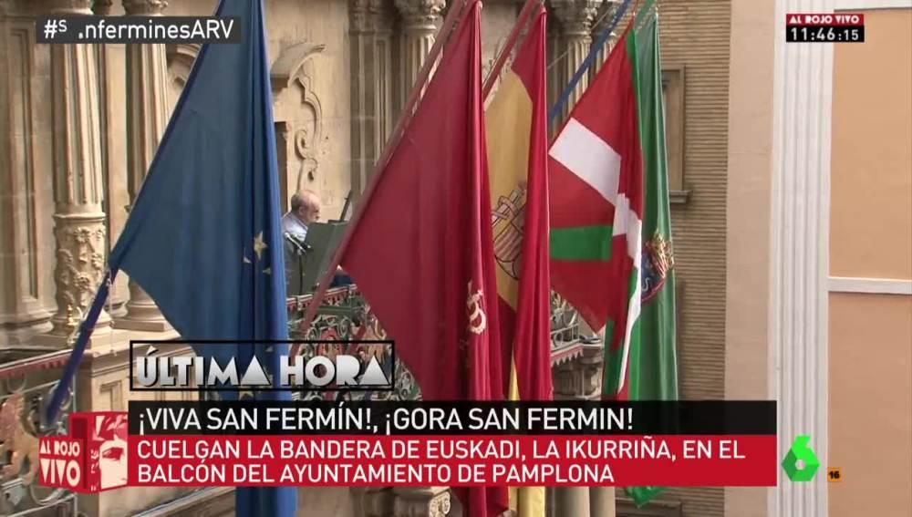 La ikurriña ondea en el Ayuntamiento de Pamplona